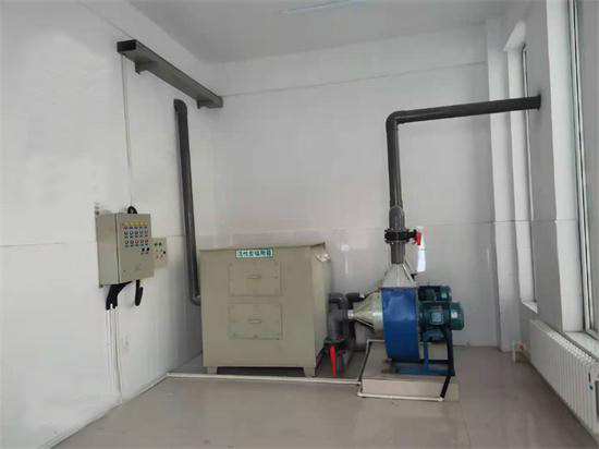活性炭除臭设备安装现场